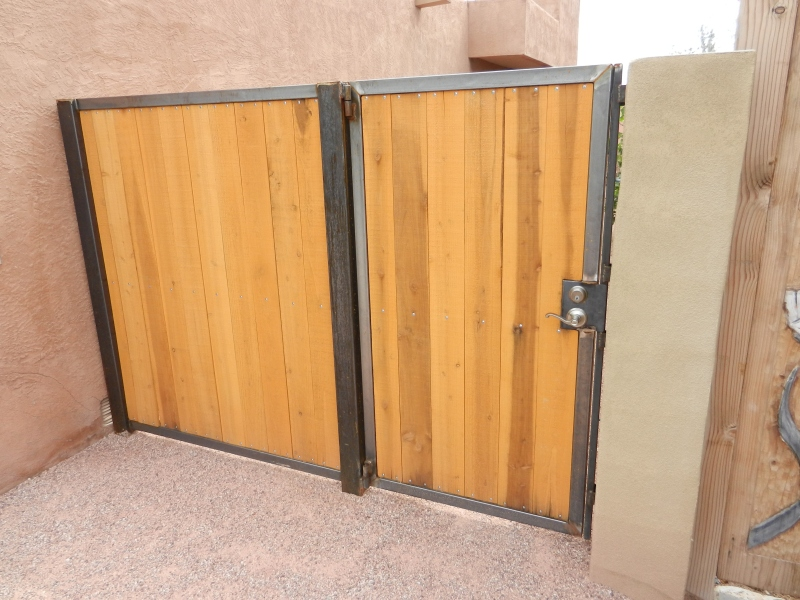 how to build a 10 foot wood gate