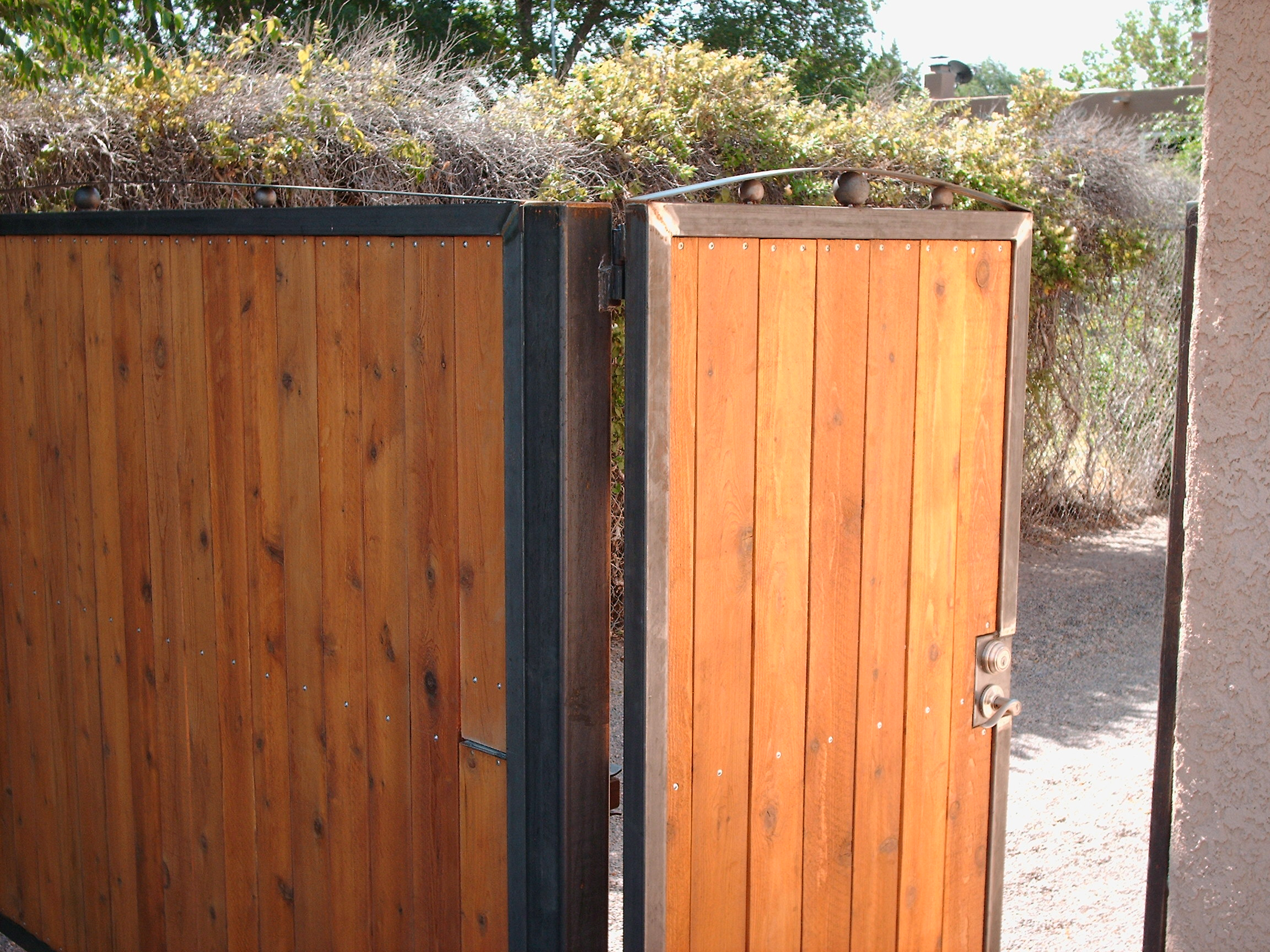 Driveway Amp Side Entrance Gate O C Metal Solutions